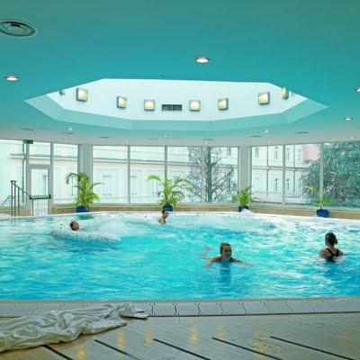 nuovetermeacqui_piscina2007